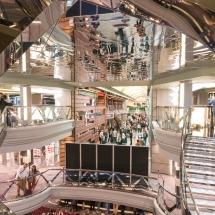 Erstanlauf der MSC Merviglia in Hamburg - MSC Kreuzfahrten Atrium