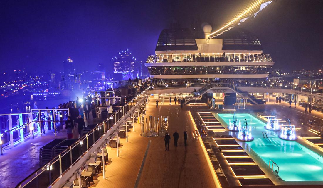 Große Taufshow In Hamburg So Sieht Es An Bord Der Msc
