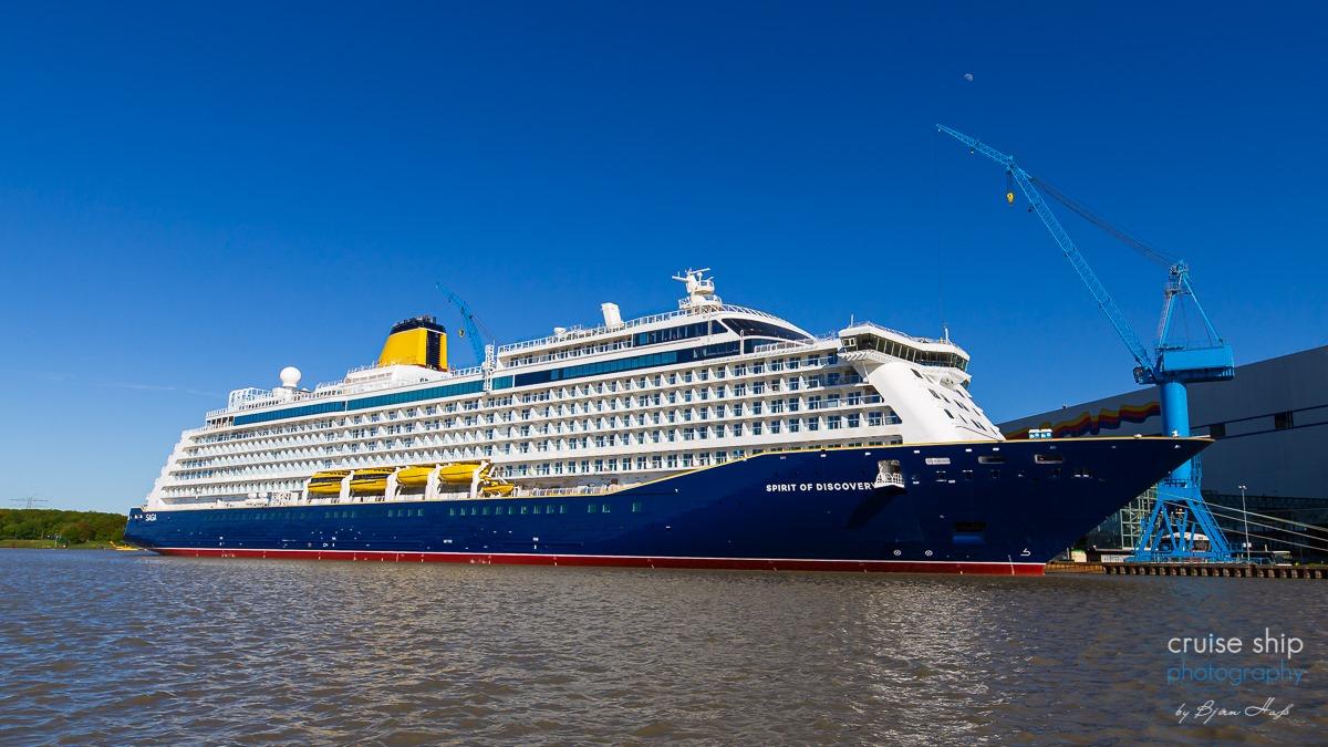 Emsüberführung der Spirit of Discovery soll am Dienstagabend in Papenburg starten
